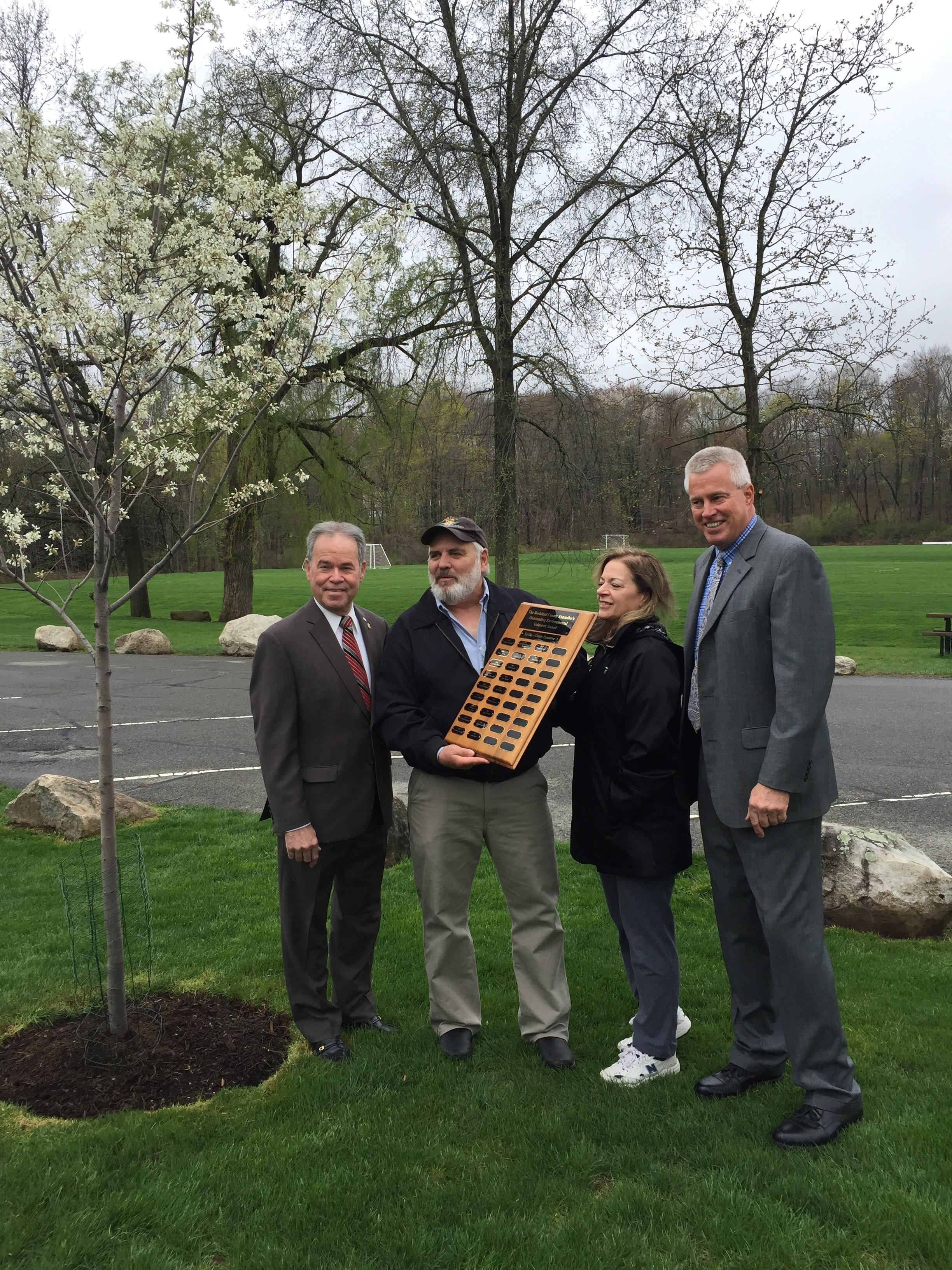 County Executive dedicates tree honoring winner of 20th Annual Outstanding Environmental Volunteer Award