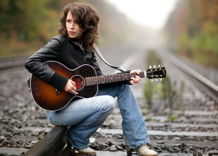 THE PRODIGAL DAUGHTER SEEKS HER OWN LEGEND: Sarah Lee Guthrie in concert Jan. 20 @ ROCA in West Nyack