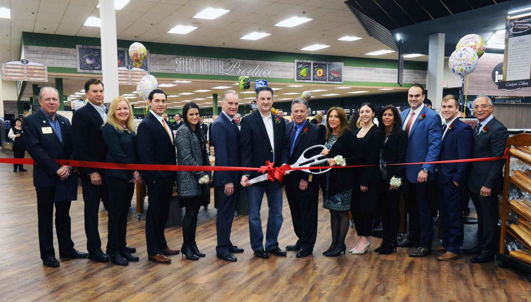 Inserra Supermarkets' ShopRite of Northvale Marks Grand Reopening with Expanded Services and New Look