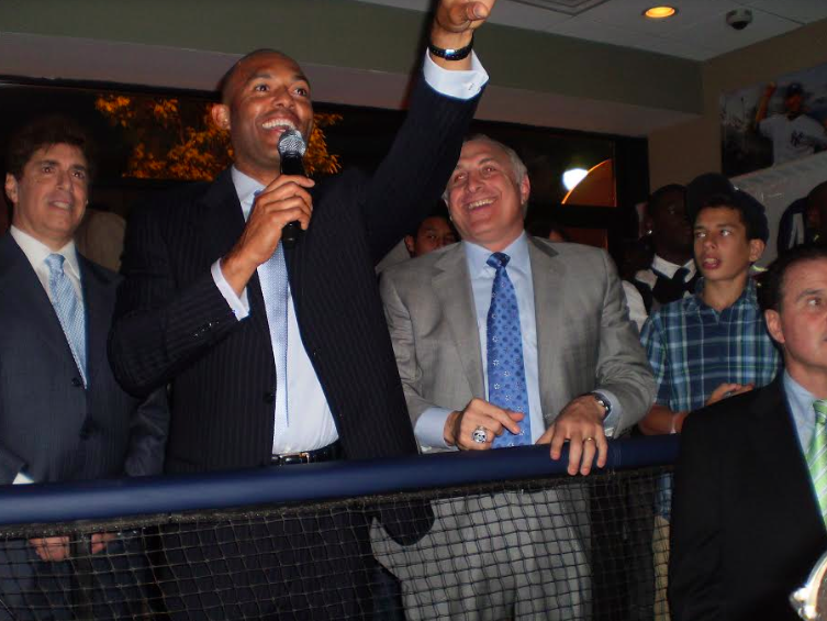 Mariano Rivera, Steiner Sports Assist Relief Efforts in Puerto Rico, Mexico and Caribbean on Thursday, Sept. 28