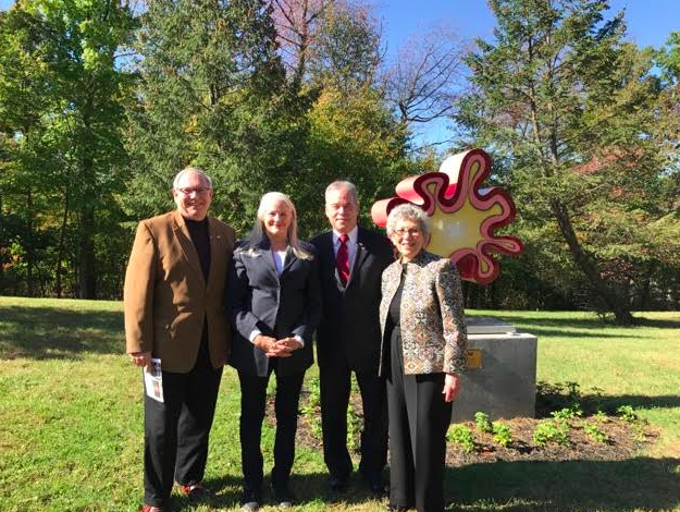 County Executive, Art in Public Places Committee Dedicate Artwork
