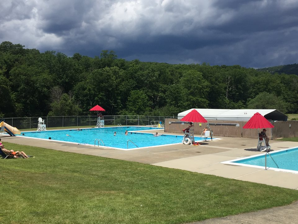 Stony Point extends $1 per year lease with SUEZ; town pool to stay put for 20 years