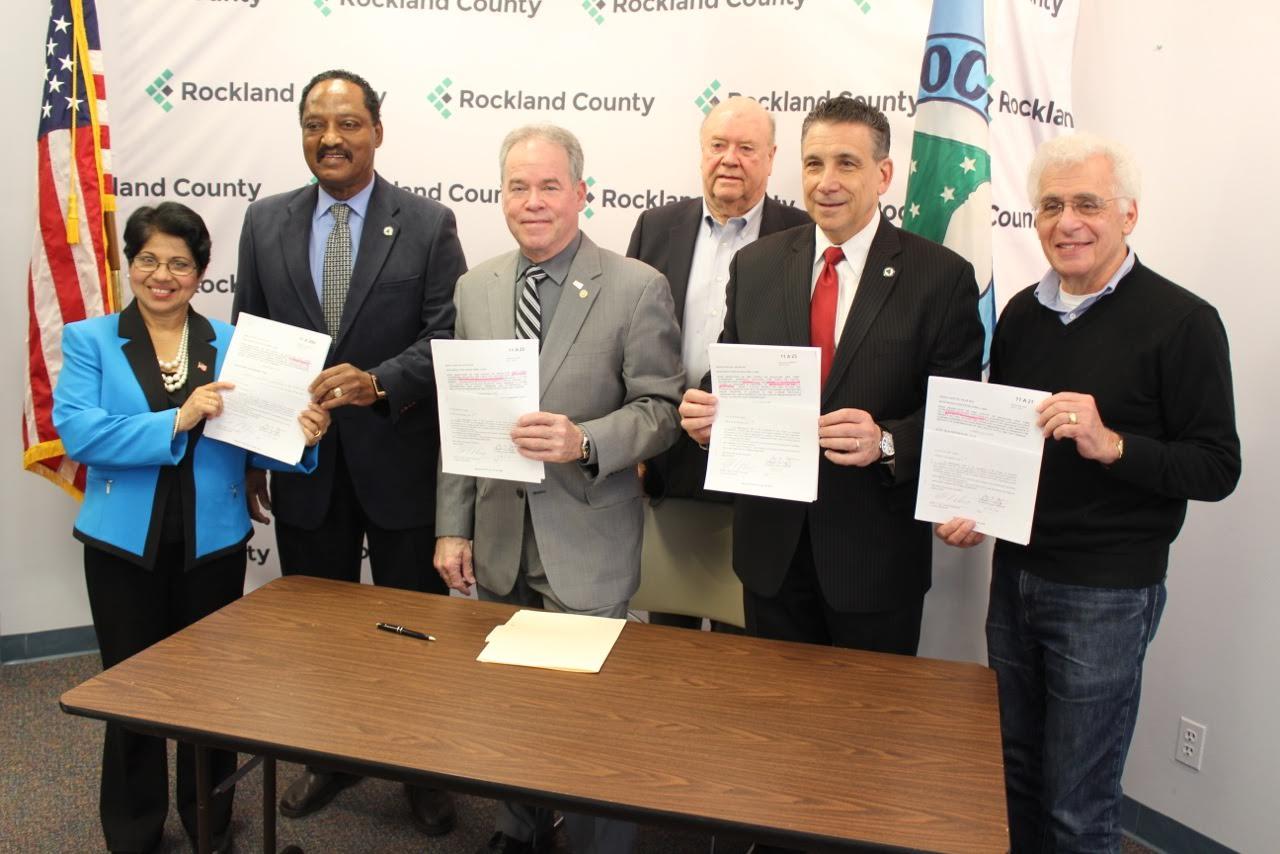 County Unveils New Highway Dept. Facilities