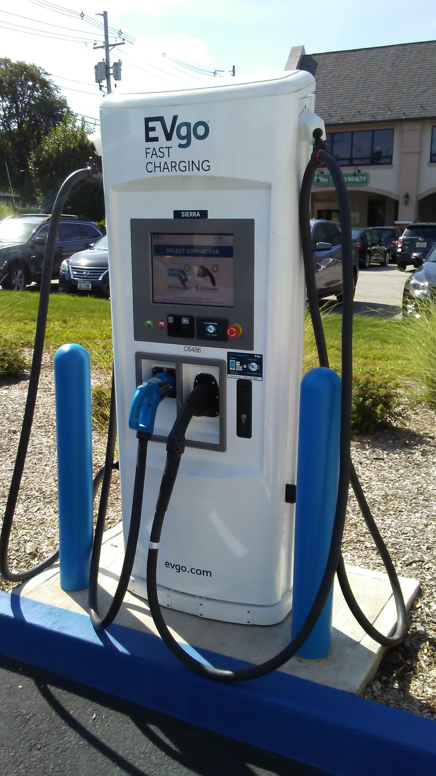 EVgo electronic charging station opens in Nanuet