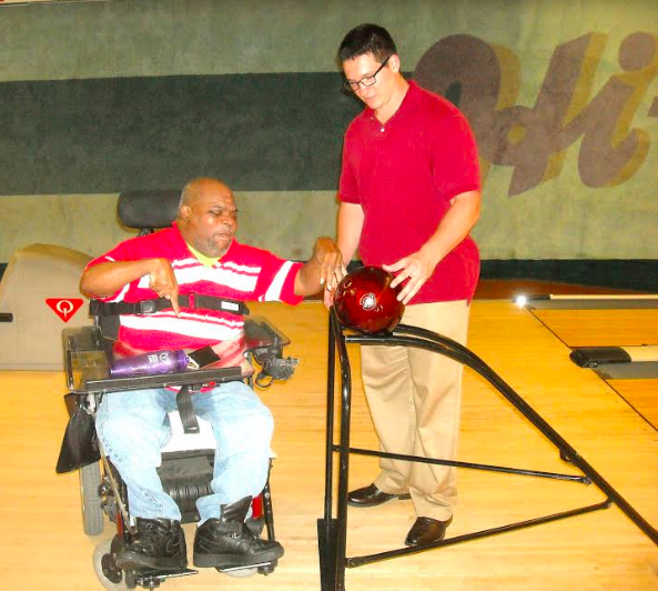 Volunteer of the Week: Scott Peretin, Adapted Bowling for People with Disabilities