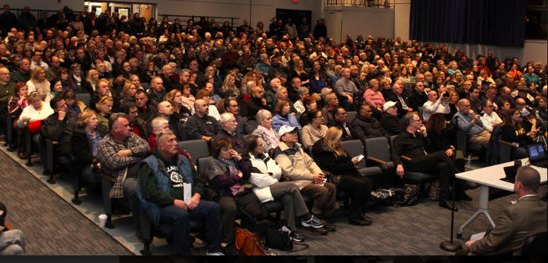 "GETTING ORGANIZED: 800 show up at Nanuet High School for ""CUPON"" meeting"