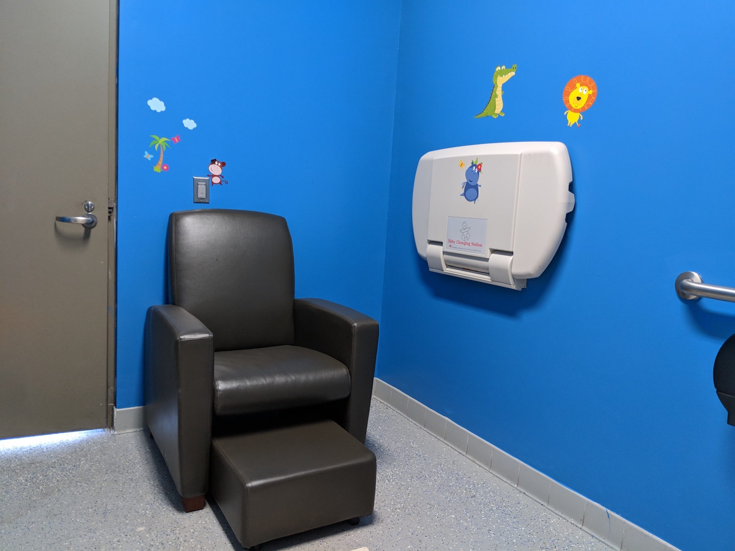 TOWN OF RAMAPO ANNOUNCES ADDITION OF NEW NURSING ROOM AT PALISADES CREDIT UNION PARK