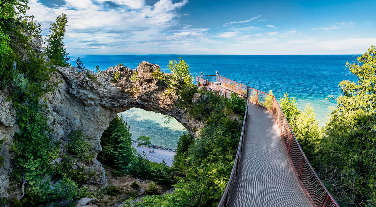 MACKINAC ISLAND AND THE GRAND HOTEL OFFER A BACK IN TIME FEELING