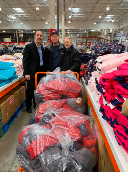 ROTARY CLUBS JOIN FORCES FOR HOLIDAY COAT DRIVE