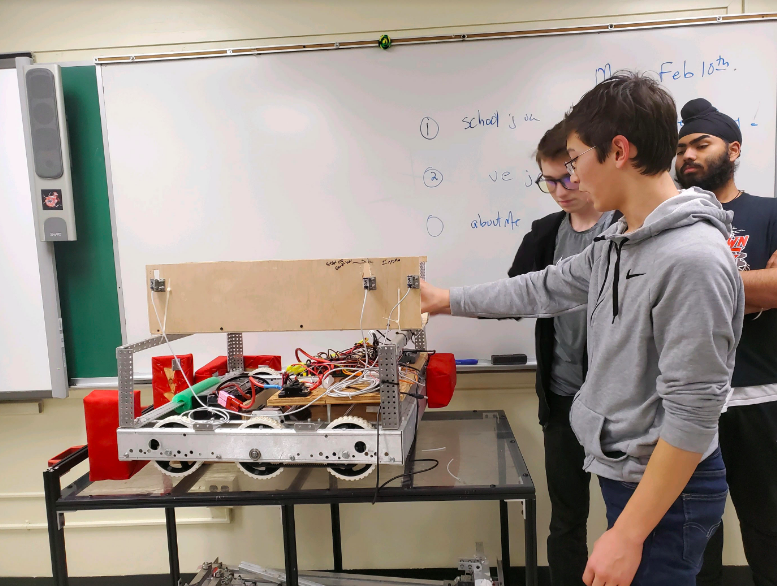 O&R DONATES $5,000 TO TAPPAN ZEE H.S. ROBOT BUILDERS; HANDS-ON COMPETITION BRINGS HIGH-TECH STUDIES TO LIFE