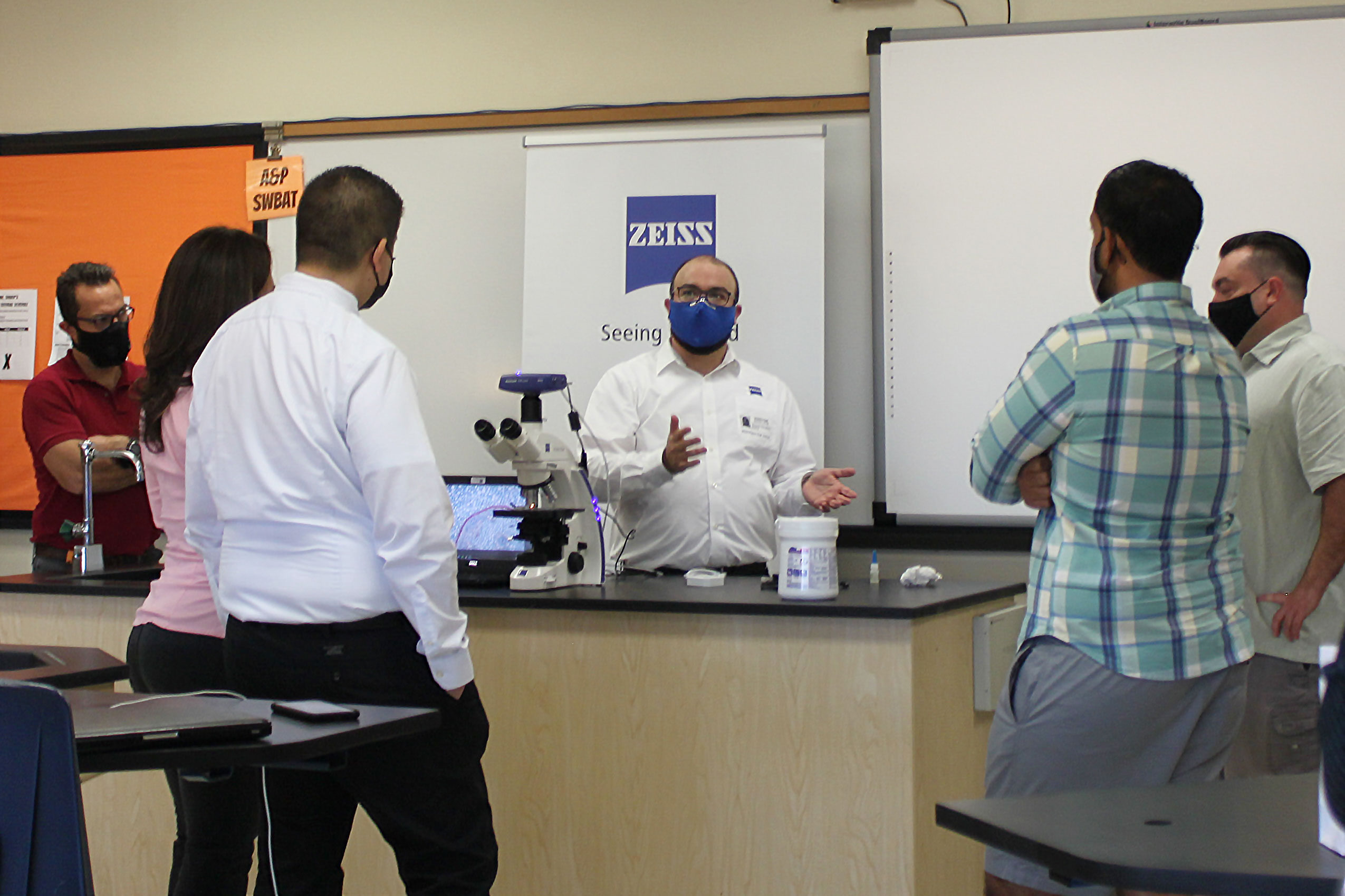 ZEISS Donates Powerful Primo Star Digital Classroom Microscope to Local Schools