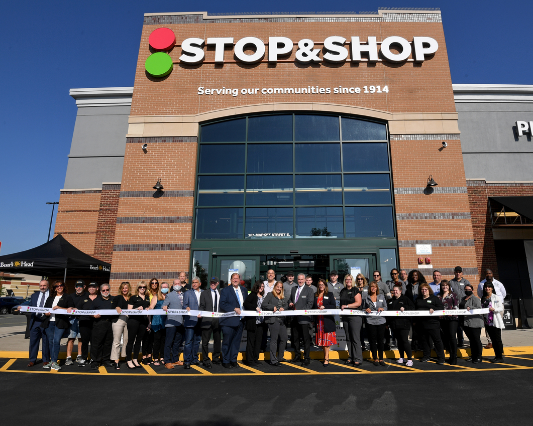 Nanuet Stop & Shop Announces Plans to Open Food Pantry in George Miller Elementary School